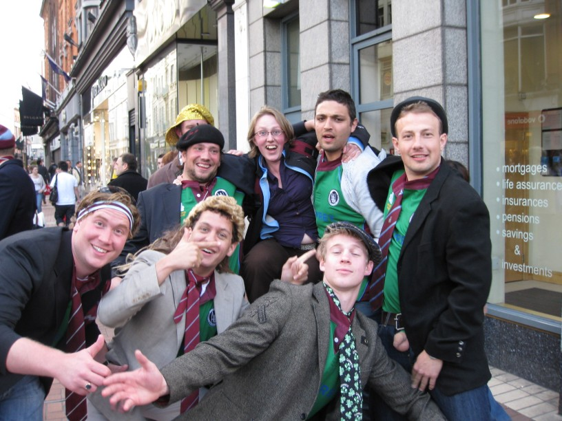 Uninhibited Irishmen in Dublin
